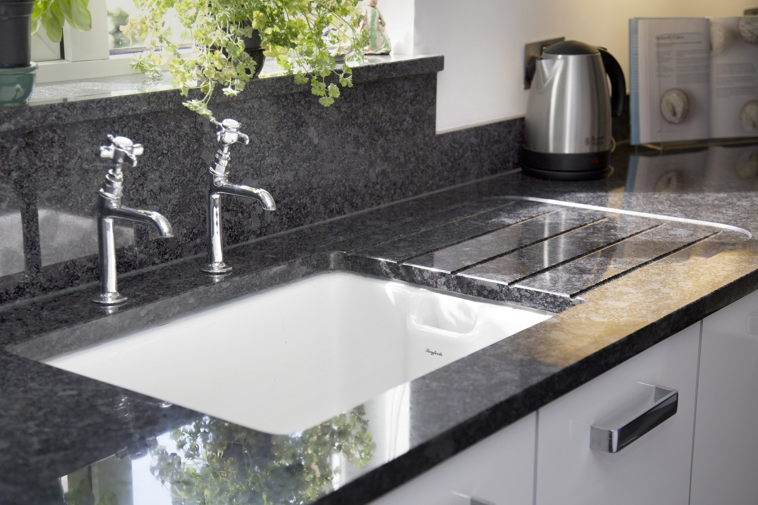 Grey Stone Kitchen Worktops : Devon Kitchen Worktop Projects in Granite and Caesarstone