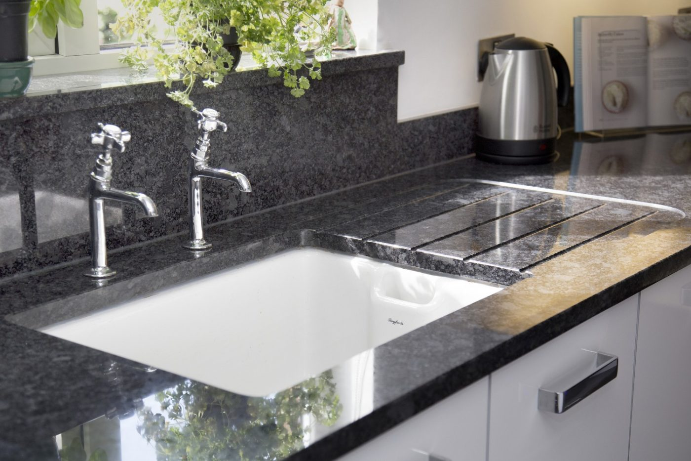 Glass Design For Kitchen Cabinets Devon Kitchen Worktop Projects In Granite And Caesarstone